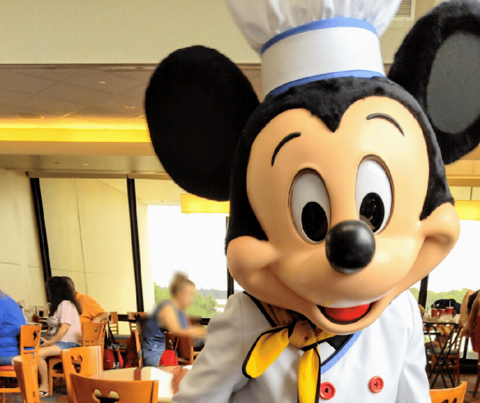 Character dining with Mickey to add to must do disney world itinerary